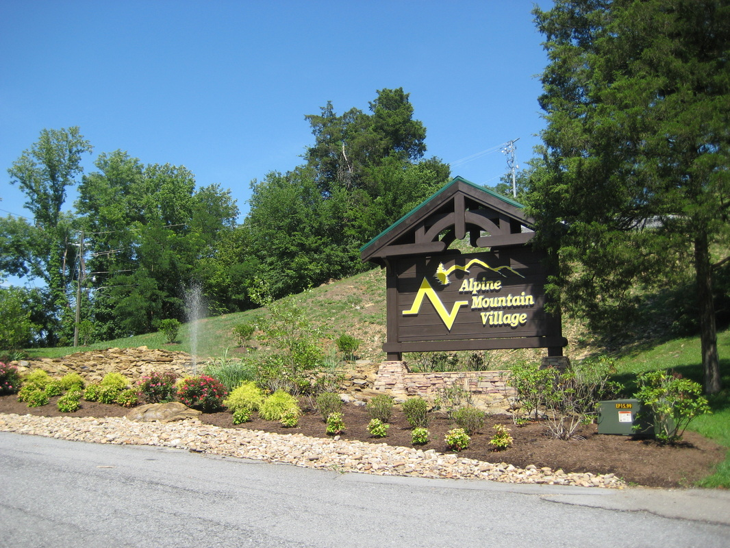 resort overview - luxury log cabin in pigeon forge. (865) 466-5445